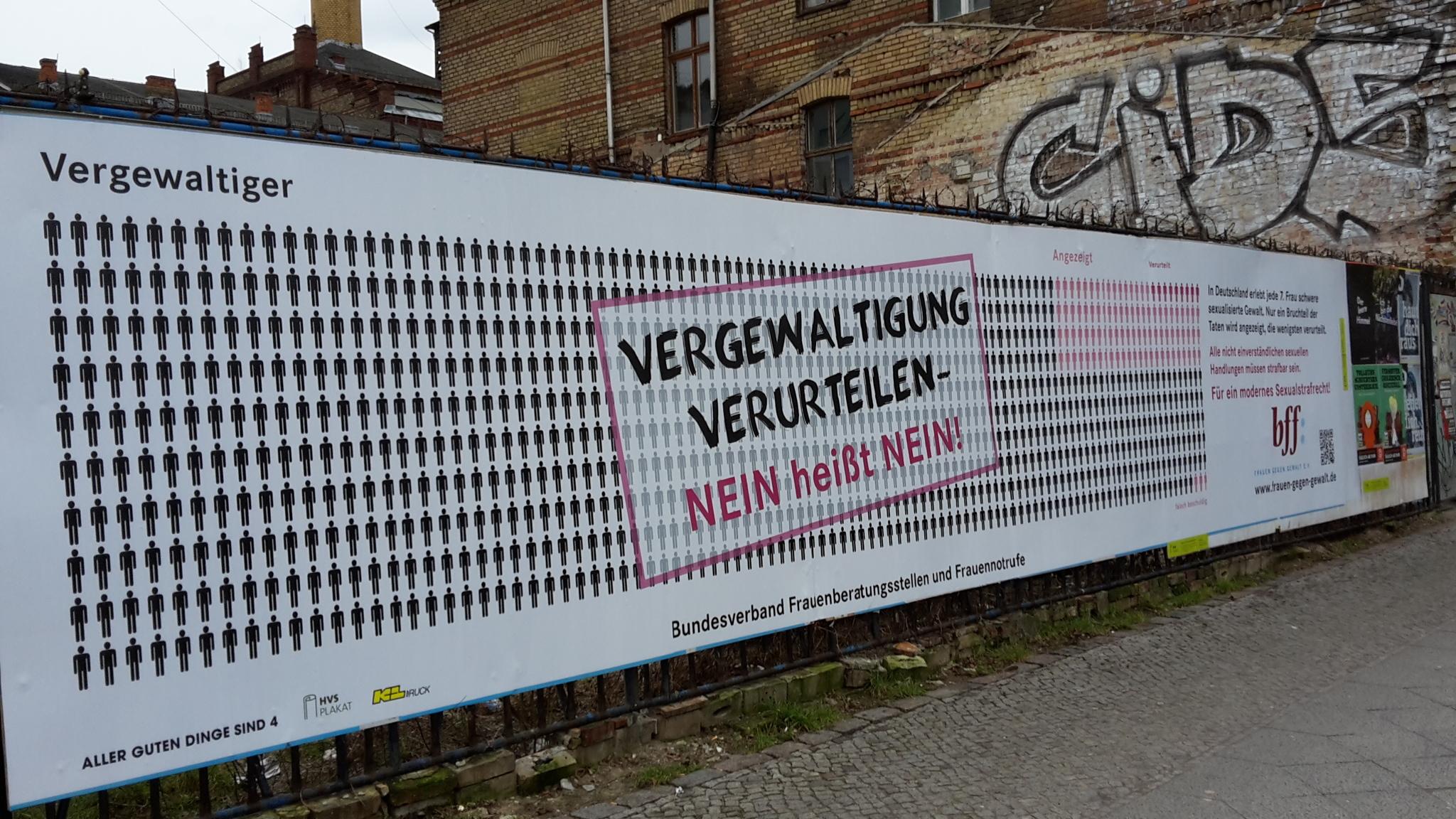 berliner-strase-the-photographer-is-antonia-becht